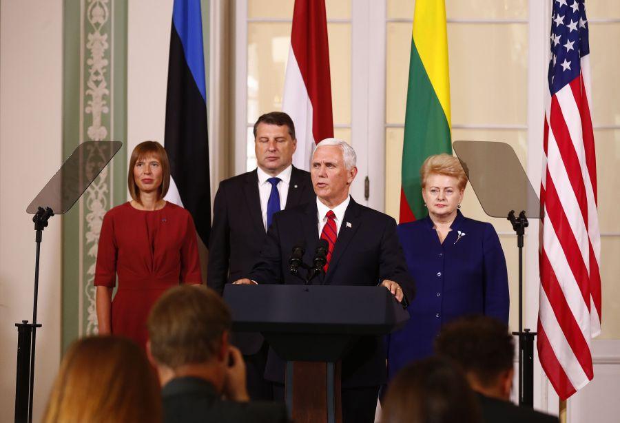 Pence shkon në Estoni dhe dëshmon  Sulmi ndaj një aleati të NATO s  sulm ndaj të gjithëve