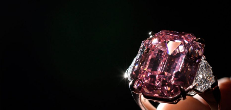 Shifra marramendëse  diamanti rozë shitet për 50 milionë dollarë