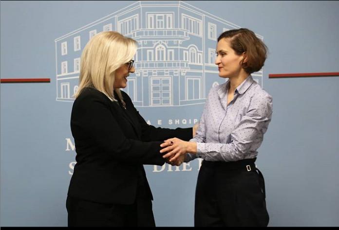 Besa Shahini zyrtarisht ministre  Një mundësi e madhe për të realizuar idetë më të mira për arsimin shqiptar