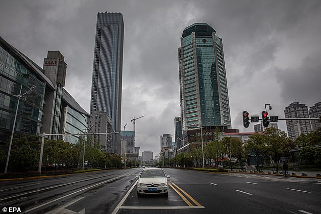 Banorët në Wuhan besojnë se vdiqën 42 mijë njerëz  jo 3200 sa pretendon qeveria