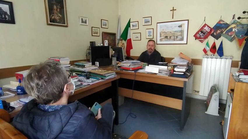 Italianët e izoluar në Jug të Shqipërisë  Këtu jemi më të sigurt  s kthehemi pa u përmirësuar situata