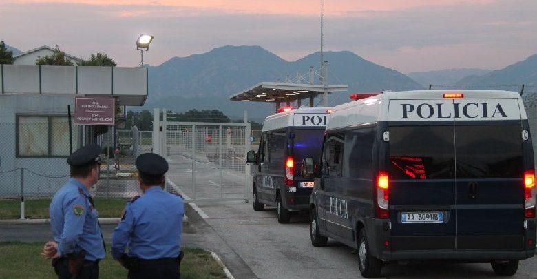 Arrestohen dy shtetas turq në Rinas, kundërshtuan me dhunë kontrollet e policisë