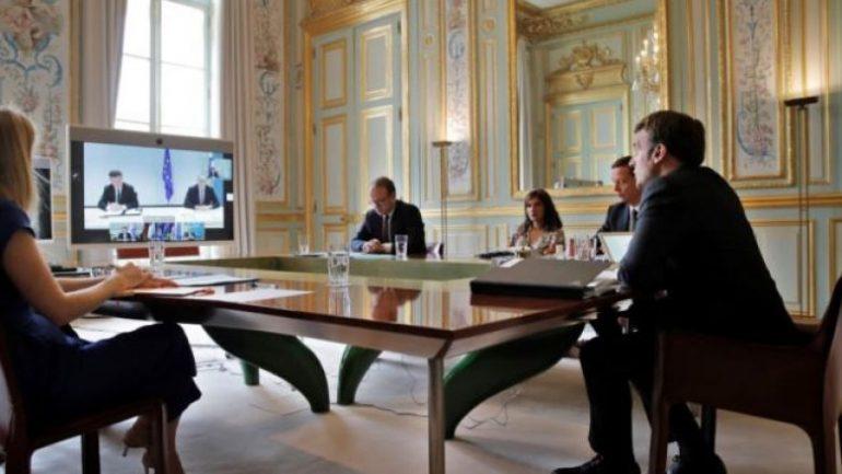 Merkel e Macron  një zëri  pas Samitit të Parisit  Dialogu Kosovë Serbi rifillon me 12 korrik  ja kur do të mbahet takimi i parë në Bruksel