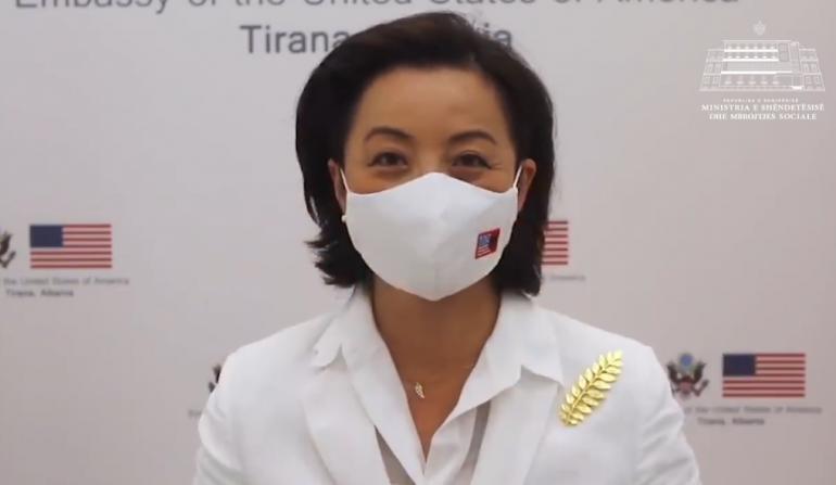 Manastirliu publikon mesazhin e Yuri Kim  Të vendosim maskat  nuk është kurrë vonë për të bërë gjënë e duhur
