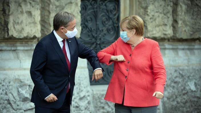 Gjermani/ Armin Laschet zgjidhet në vend të Angela Merkel në krye të CDU-së