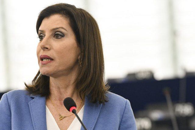 afganet-ne-shqiperi-shqetesojne-serish-eurodeputeten-greke-brukseli-eshte-ne-dijeni